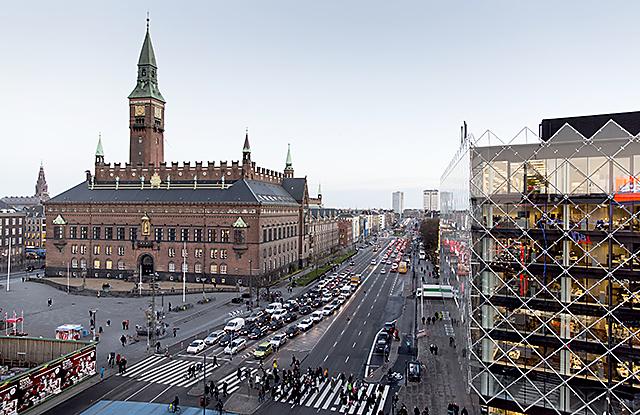 Copenhagen Radhuspladsen webb