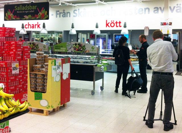 Sydnytt besökte under tisdagen Ica Karlsson i Svedala för att rapportera om butikens bojkott av danskt fläskkött. Foto: News Øresund - Johan Wessman