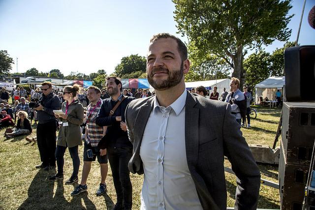 Morten Ostergaard webb