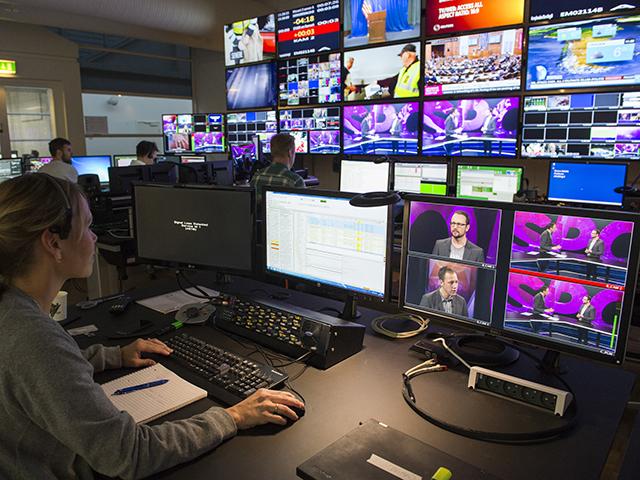 tv_2_webb