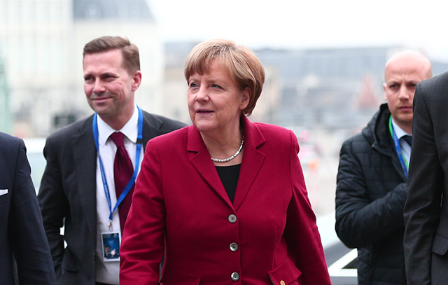 Merkel webb