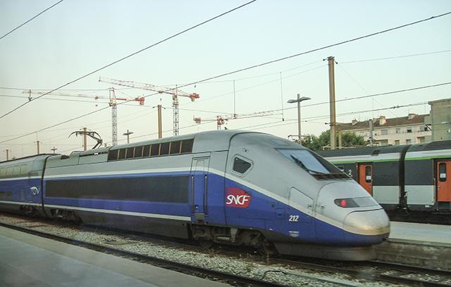 TGV Strasbourg 20080629 webb