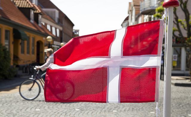 Dansk flagga foto News Oresund Johan Wessman